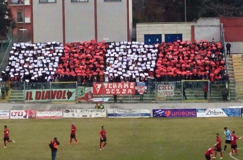 Il Teramo con un uomo in meno pareggia 1-1 contro l'Arezzo