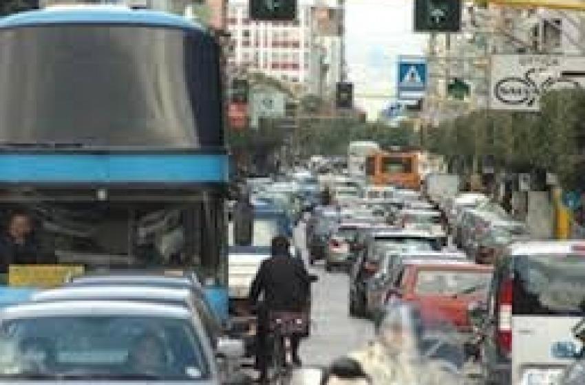Primi provvedimenti contro lo smog. Attendendo anche quelli per il fiume e mare