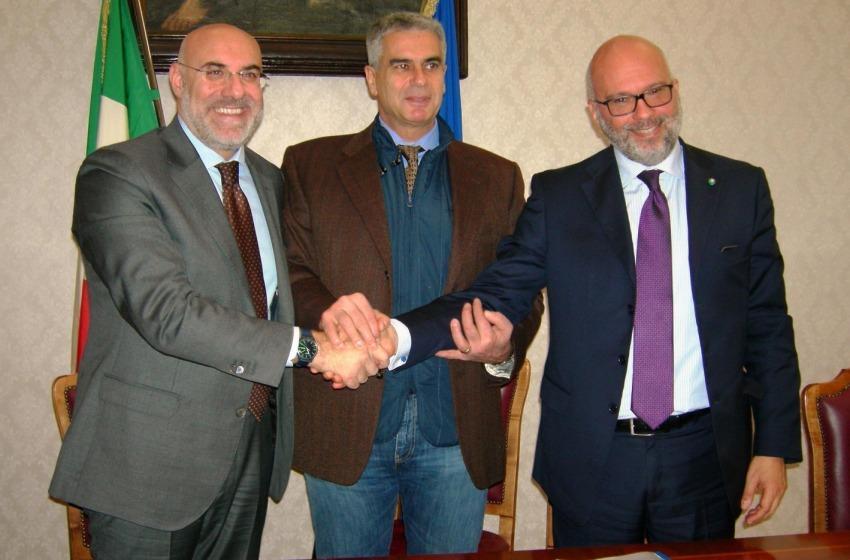 Chieti, firmato l'accordo per l'ex caserma Berardi