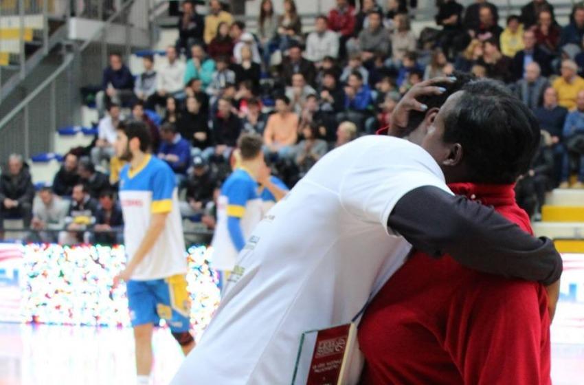 """Roseto """"stende"""" Verona al PalaMaggetti 91-74 grazie allo strepitoso Byron Allen"""