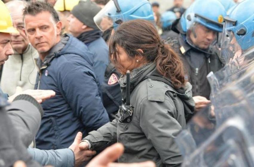 La donna poliziotto che ha fatto vincere il dialogo