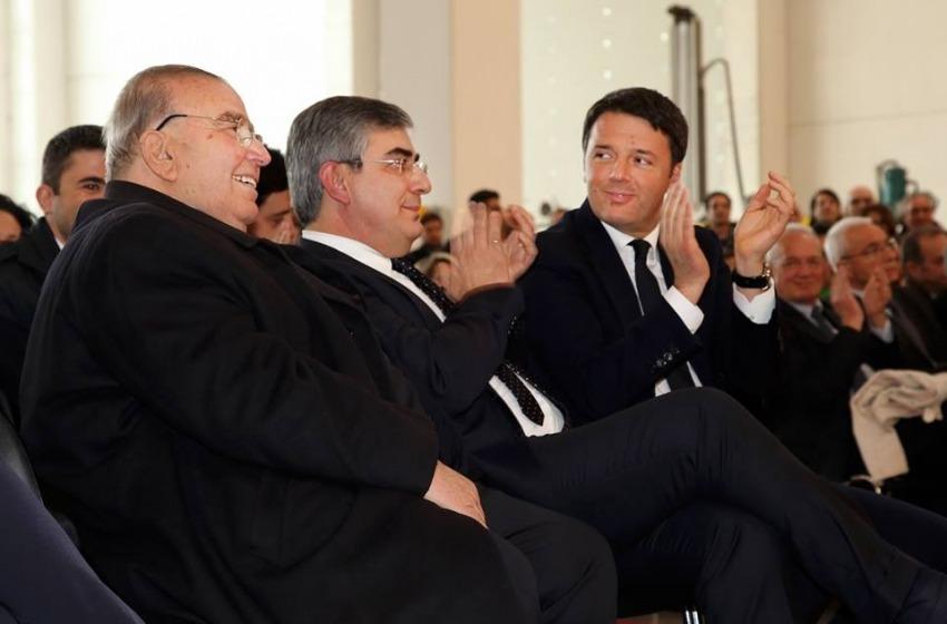 """Matteo Renzi fa scalo in Abruzzo: """"Dobbiamo rilanciare l'Italia"""""""