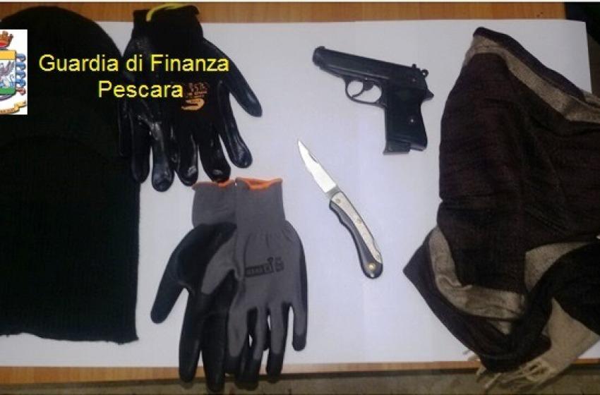 Spaccio di stupefacenti e porto abusivo di armi, quattro arresti tra Pescara e Chieti