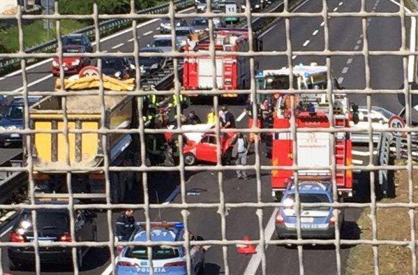 Lunedì di sangue sulle strade d'Abruzzo. Tre morti e due feriti sull'Asse Attrezzato