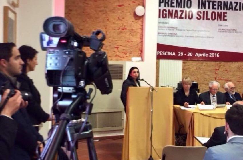 Premio Silone per la tesi di laurea alla consigliera Leila Kechoud