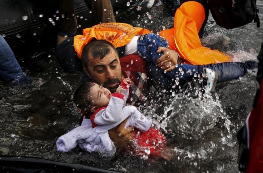 Papa Francesco sveglia l'Europa sulla catastrofe umanitaria di profughi causata dalla guerra