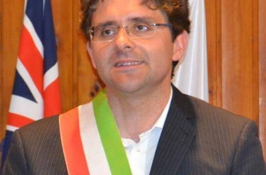 Il sindaco Menna presenta la Giunta: saranno 7 assessori, 4 uomini e 3 donne