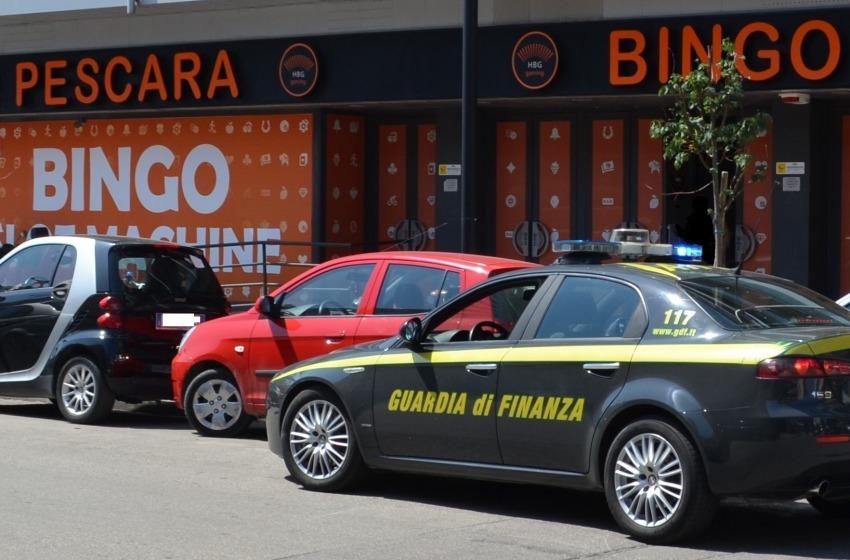 Pescara: sequestrati oltre 1,5 Kg. di cocaina e hashish. Chiusa anche la Sala Bingo