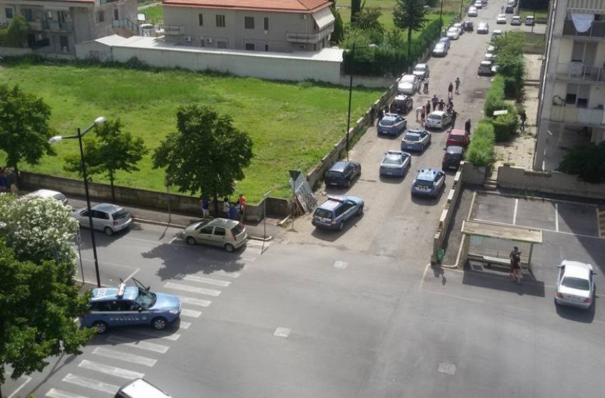 Sparatoria in Via Aldo Moro: uomo ferito da arma da fuoco, polizia cattura sospetto