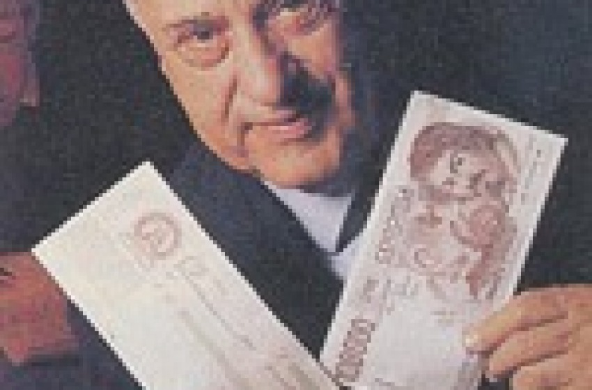 Chieti dedica una scalinata alla memorie del professor 'anti-signoraggio' Giacino Auriti