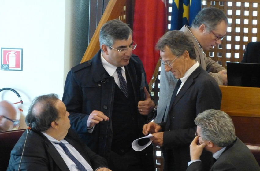 """L'Abruzzo e la settimana politica dei nostri """"Politicus"""" eletti al Palazzo dell'Emiciclo"""