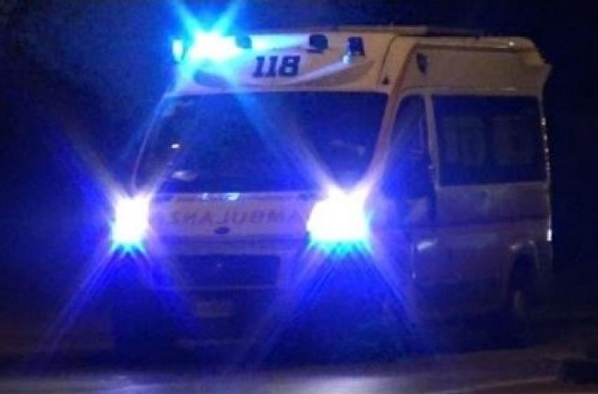 Altro sangue sulle strade d'Abruzzo, muore a 33 anni giovane finita contro un albero