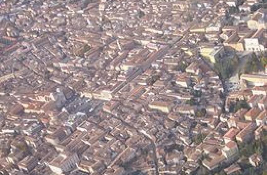 Il terremoto porta la fame e la povertà: a L'Aquila oltre 5mila indigenti dal 2009