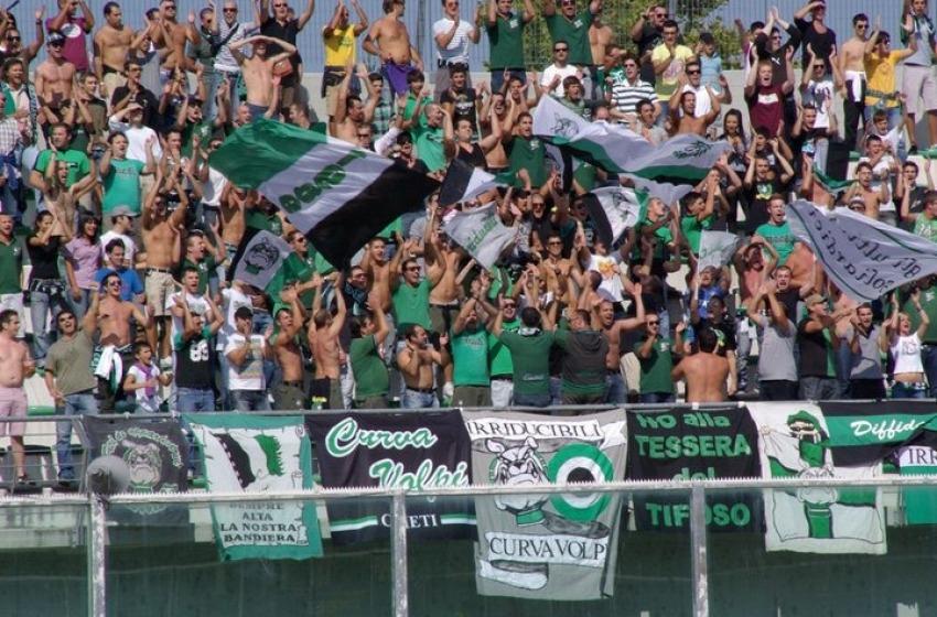 Agli arresti domiciliari gli ultras Chieti che rapinarono giovane atleta del Pescara Calcio