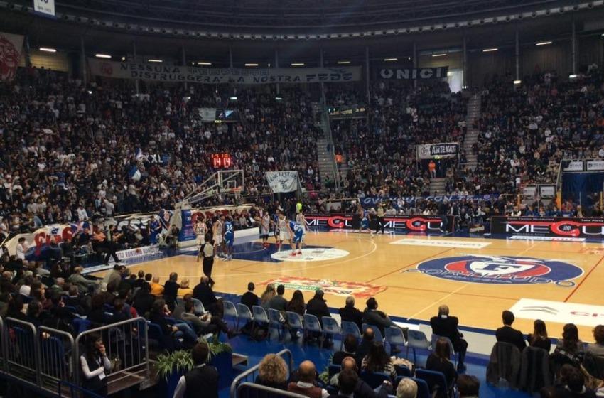 Agli Sharks Roseto non basta l'orgoglio, a Bologna vince la Fortitudo 76-70