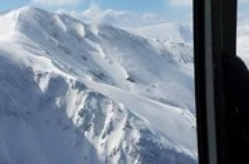 Accumuli e strati di neve fresca: l'Appennino abruzzese a rischio forte valanghe