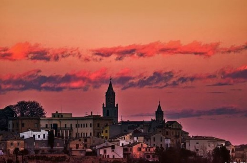 La stupenda Atri, città d'arte d'Abruzzo, che sprofonda nella crisi e nella povertà