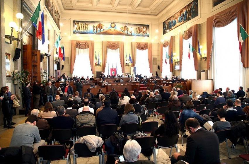 """Consiglio straordinario """"emergenze ambientali"""": approvato documento della Maggiornanza"""
