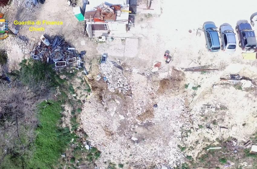 Sequestrate due discariche abusive di rifiuti pericolosi a Chieti e alle falde della Maiella