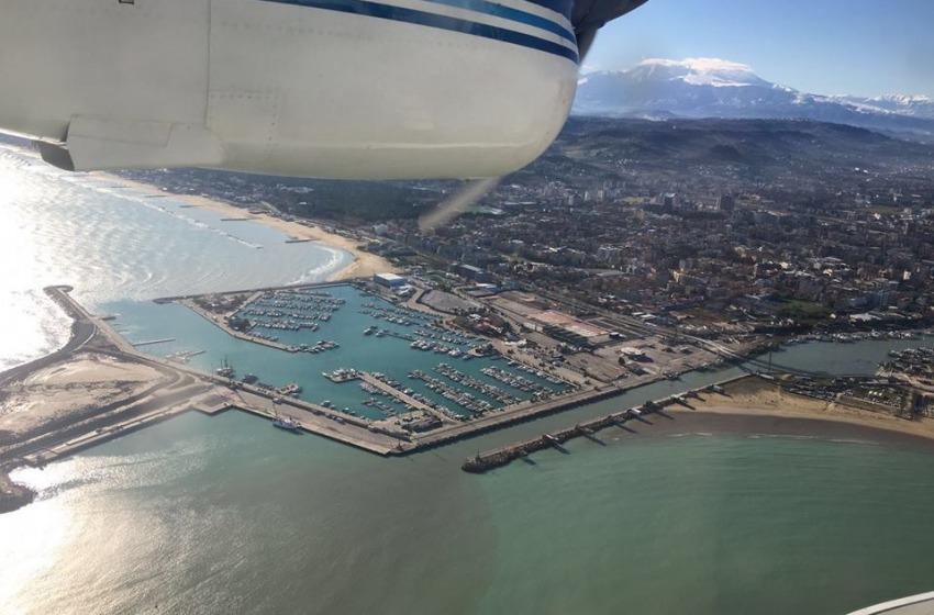 L'Abruzzo ha maledettamente bisogno di un super porto e di un super aeroporto