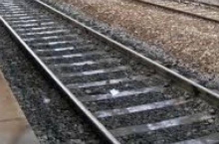 Uomo si toglie la vita gettandosi sotto al treno. E' successo questa mattina a Francavilla