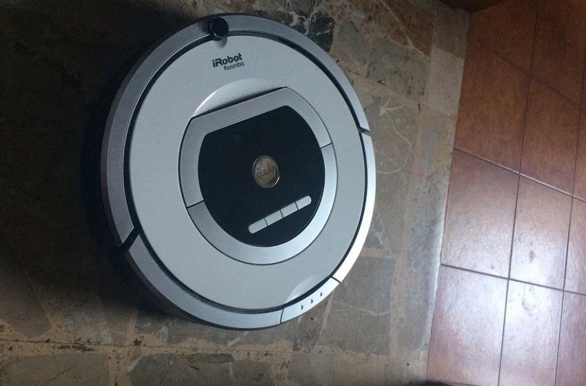 Col robot aspirapolvere si risparmia sulla collaboratrice domestica