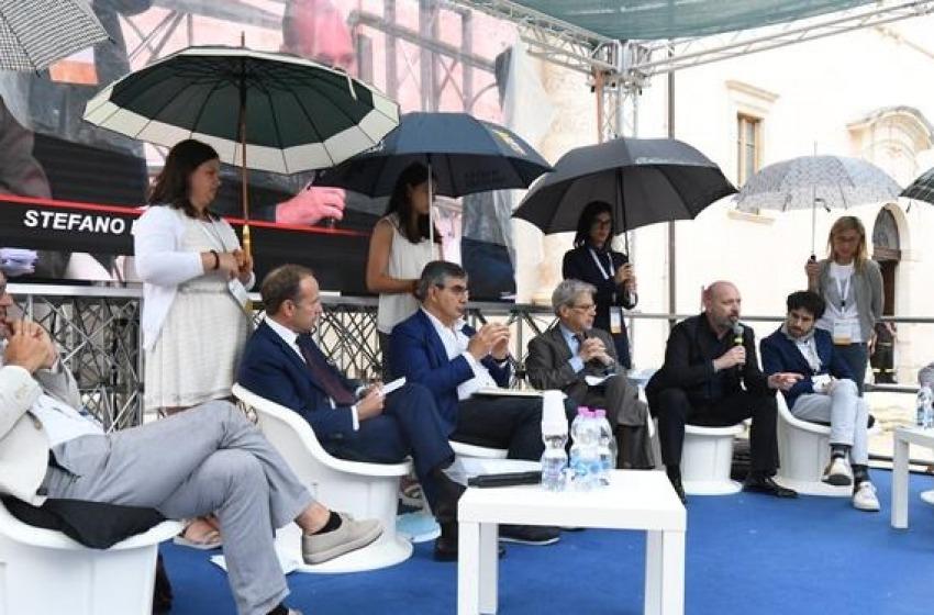 """Si chiude a Sumona la Fonderia Abruzzo 2017: oltre le """"Ombrelline"""" ci sono risultati?"""