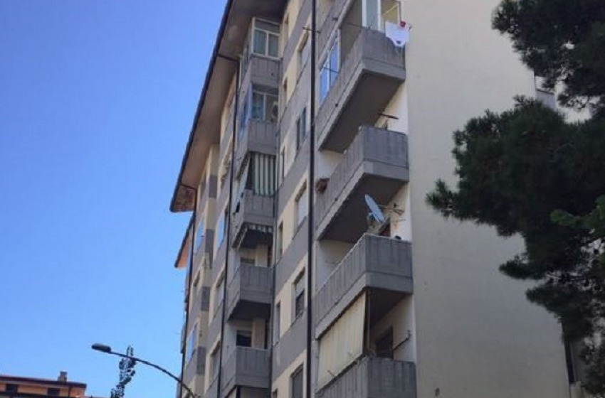 Inidoneità statica per tre palazzine Ater in via Lago di Borgiano. Sfollate 70 famiglie