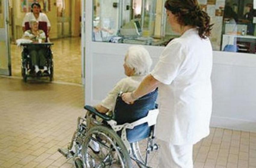 Aumento dell'età media in Italia, chi fa assistenza agli anziani a Teramo?