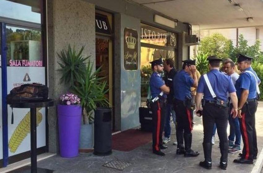 Agguato mortale dentro al pub, 21enne ucciso con un colpo di fucile