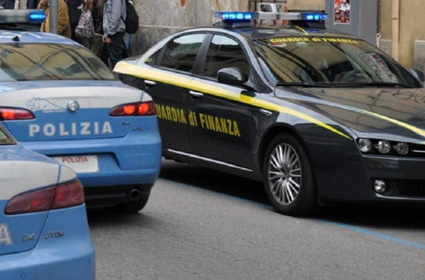"""Blitz anti-droga tra Chieti e Pescara, sequestrati due chili di """"merce"""" stupefacente"""