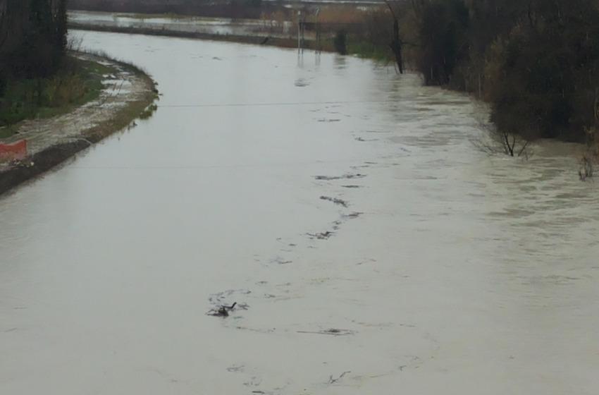 Spoltore, superamento del livello di preallarme per il fiume Pescara