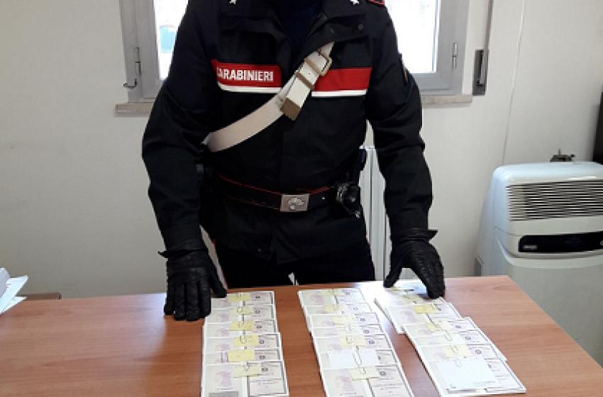 """Montesilvano, scoperte centinaia di """"carte di identità"""" rubate all'Ufficio Anagrafe"""