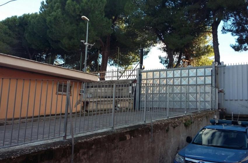 """Incredibile """"blitz"""" in Questura a Pescara. Bloccato 32enne esagitato al grido """"Allah Akbar"""""""