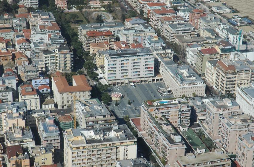 Mercato immobiliare Abruzzo, prezzi ancora già. Pescara città più cara