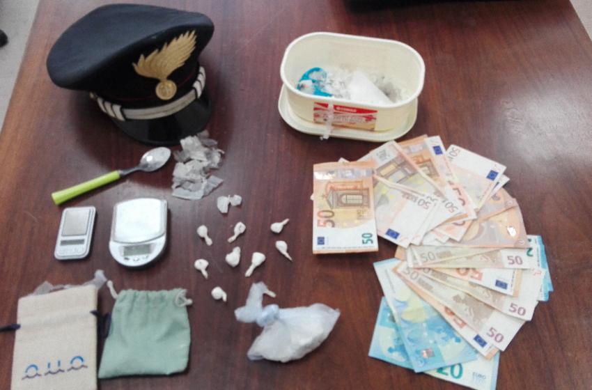 Arrestato pusher napoletano: era in auto con la cocaina