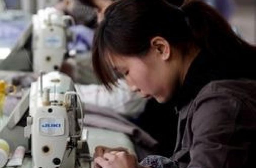 """In Cina """"belle ragazze in ufficio"""""""
