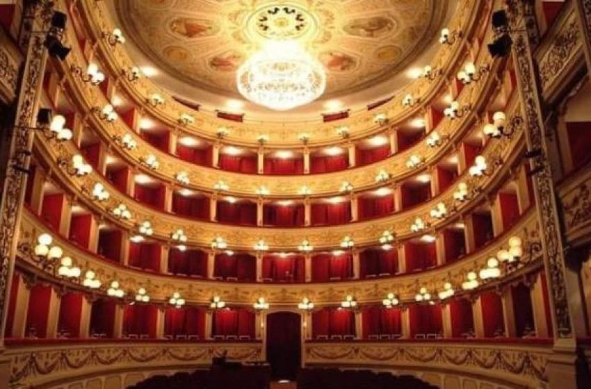 Dopo la chiusura e le tante polemiche arrivano 500.000€ per riaprire il Teatro Marrucino