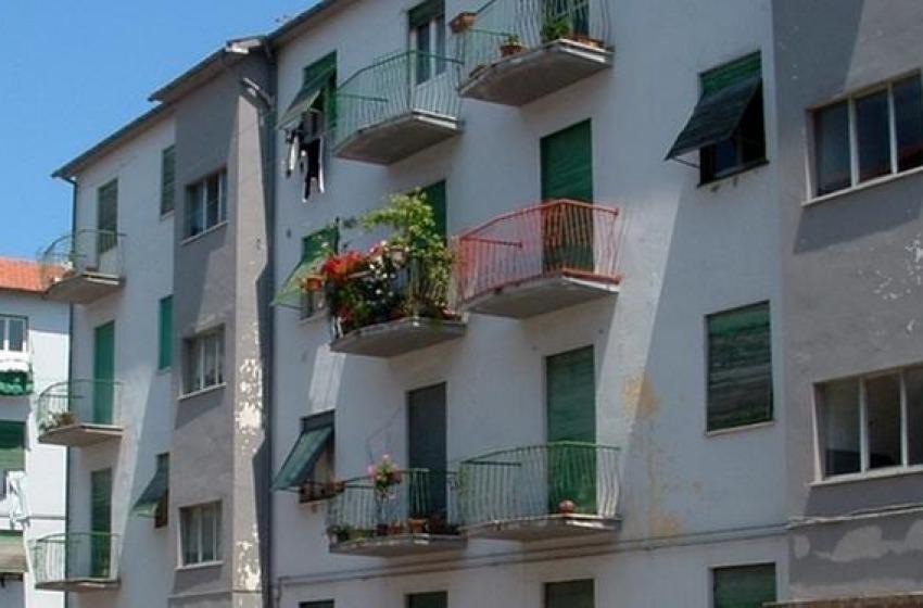 Via Rigopiano: sgomberati quattro appartamenti ATER occupati abusivamente