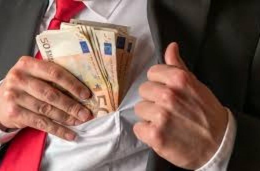 Finalmente il Consiglio regionale dell'Abruzzo interviene sul privilegio vitalizio