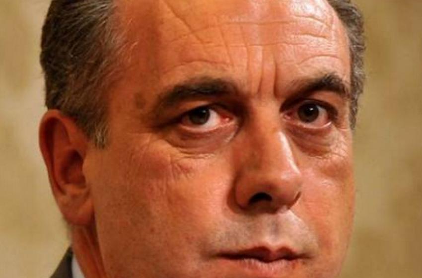 Verso le Regionali - Legnini scioglie la riserva: «Sarò il candidato del centrosinistra»