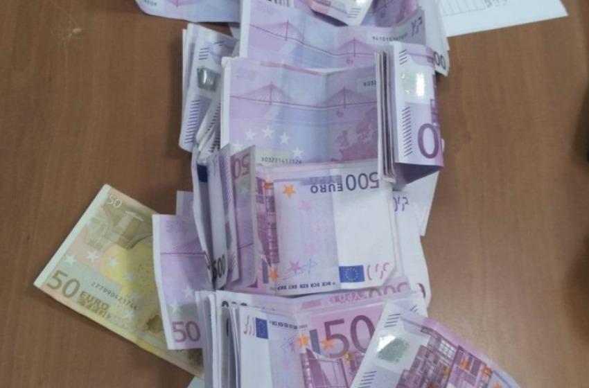 Pizzicata in Aeroporto con 60mila euro. La Finanza gliene sequestra la metà