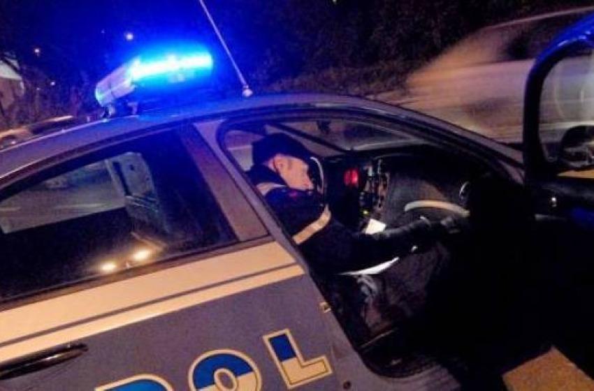 Mega sequestro di droga sulla A25. Due persone arrestate per narcotraffico