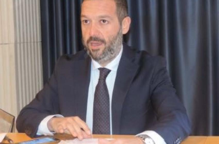 Regionali Abruzzo - Sospiri firma decreti commissioni