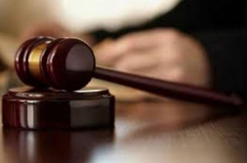 """Festino a """"luci rosse"""" degenerato: dentista condannato a due anni e otto mesi"""