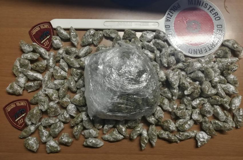 Pescara: ancora una rissa sul Lungomare, ancora droga sequestrata dalla polizia