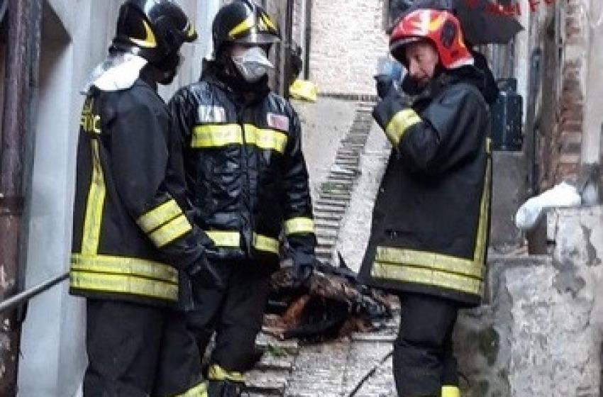 Tragedia in centro storico a Penne: trovato corpo senza vita di anziana
