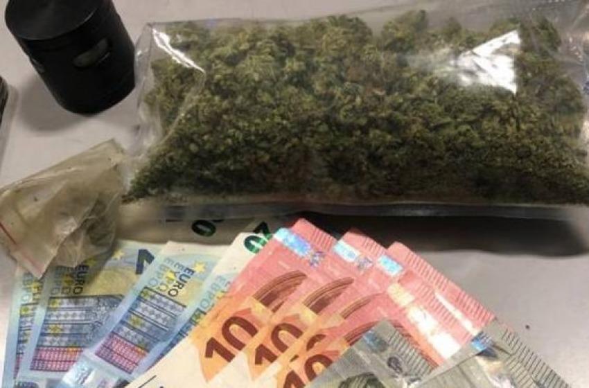 Nei guai tre studenti trovati con sei chili di droga in casa
