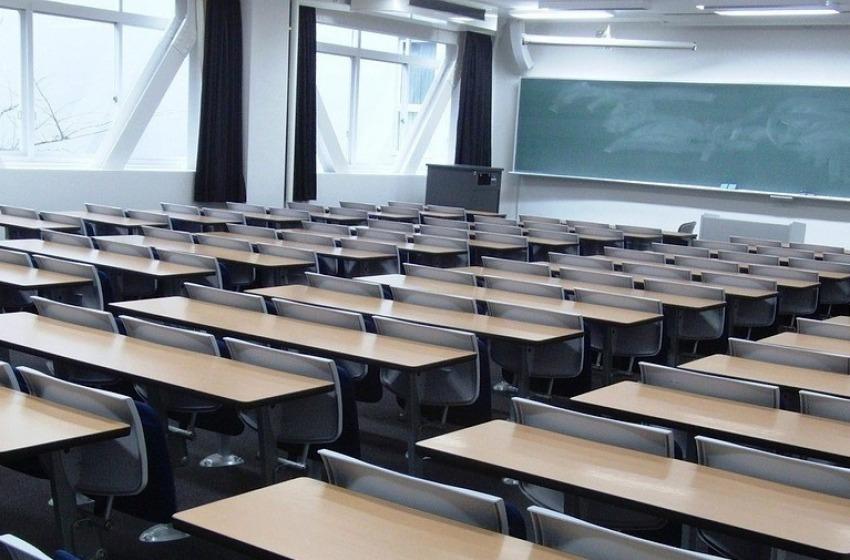 Troppi contagi: scuole chiuse fino al 7 marzo