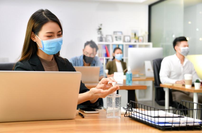La sanificazione degli ambienti di lavoro: dagli uffici agli stabilimenti industriali